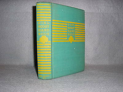 Girl Scout Handbook 1943 Fifth Impression Hard cover book VG to Fine Condition