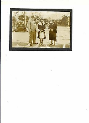 """REAL """"Family on Vacation, Seville Spain""""  dated 10-18-1932 Never Mailed"""