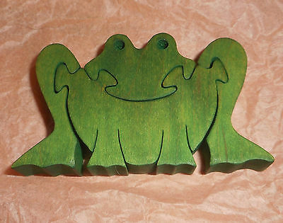 """FROG Puzzle. Handcrafted,Free-Standing 4-Piece,3-D,Green Maple.Nova Scotia 2x3"""""""