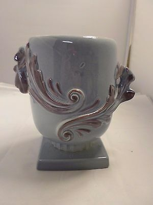 RED WING Pottery Classic LG BLUE W/ PINK INSIDE SWIRL HANDLE VASE #1107