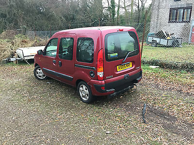 Renault kangoo wheelchair Accessible mobility disabled ramp motability