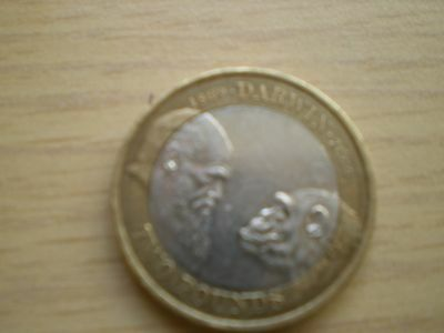 2009 Charles Darwin - £2 Two Pound Coin