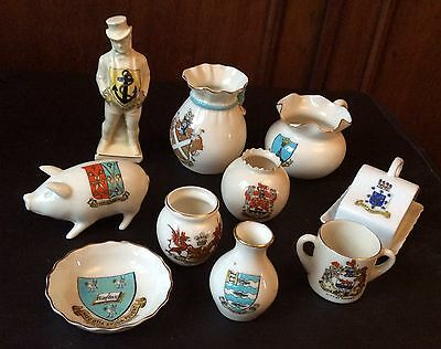 Collection of crested porcelain, Goss, Willow etc