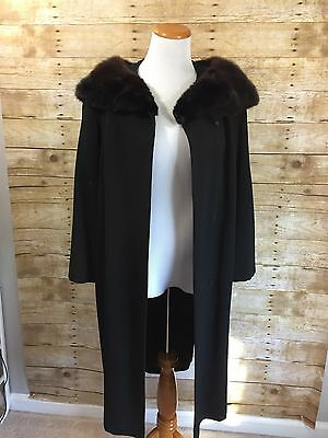 Vintage MAURICE L ROTHSCHILD & CO for TOWNLEY Wool Coat with Fur Collar