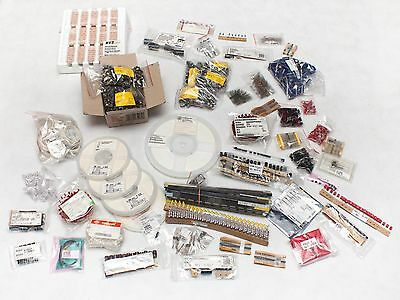 8,5kg+, over  40 000 parts, Wholesale electronic parts, Job Lot, Stock Clearence
