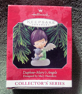 Retired 1998 Hallmark Ornament Mary's Angels Daphne #11 in Series Christmas Gift