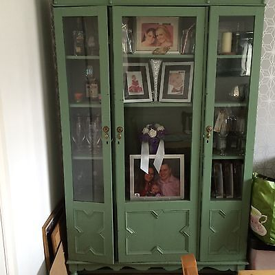 Rayswi antique display cabinet