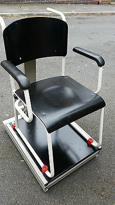 MEDICAL SECA DIGITAL CHAIR Weighing Scale DISABLED/ OLD AGE CARE SIT ON WHEELS