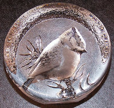 Mats Jonasson Cardinal Bird Crystal Glass Paperweight