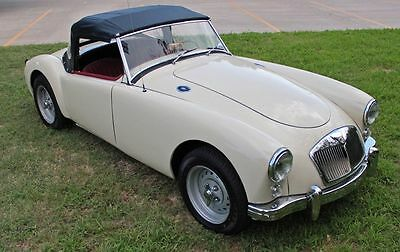 1959 MG MGA  1959 Mg MGA convertible
