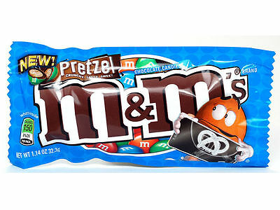 M & M's  Pretzel Packet - From USA