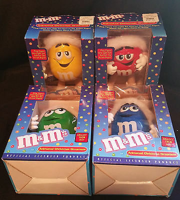 M&M's Green Red Blue Yellow Complete Set Animated Character Christmas Figures
