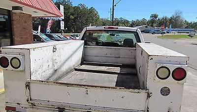 2004 Chevy 2500 Heavy Duty Utility Bed