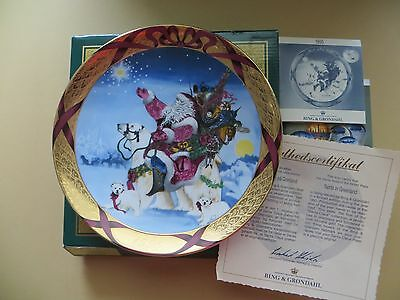 Bing & Grondahl CHRISTMAS AROUND THE WORLD  PLATE 1995 SANTA IN GREENLAND