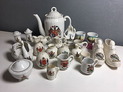 Arcadian Crested China - Mixed Lot