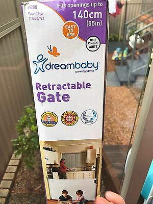 Retractable Child Safety Gate