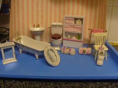 1/12Th Scale Bathroom  Suite And Accessories  11 Items