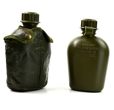 Original U.S. Army canteen. M1 water bottle with cover alice clips