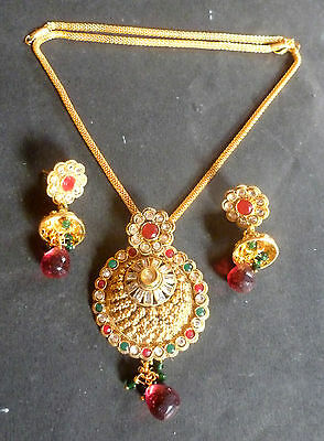 Antique Gold Plated Indian Kundan Pendant Earrings Chain 4 Pcs Wedding Set a