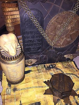 The Mummy/The Mummy Returns props, Functionnal Hamunaptra Key / Book of the Dead