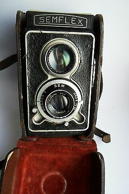 Semflex very rare French Twin Lens Reflex medium format camera with leather case