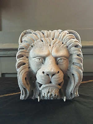 Georgian 18th / 19th century carved limestone lions head corbel circa 1790-1820