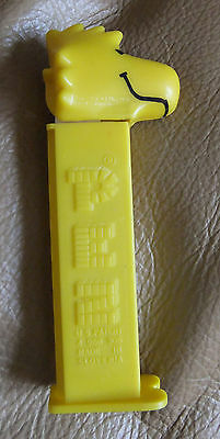 Vintage Footed Pez Candy Dispenser Plastic Woodstock Yellow Bird Charlie Brown