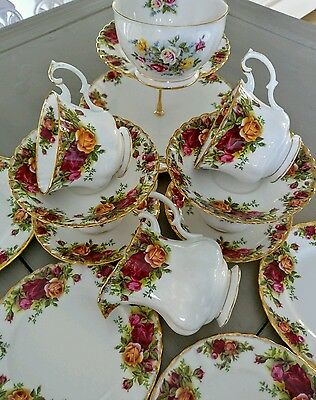 Royal Albert Country Roses Tea Set with Cake Stand