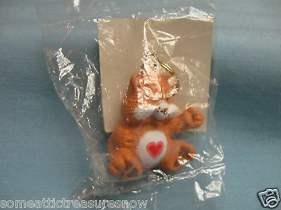 Tenderheart Care Bears Keychain By American Greetings   Inv#2