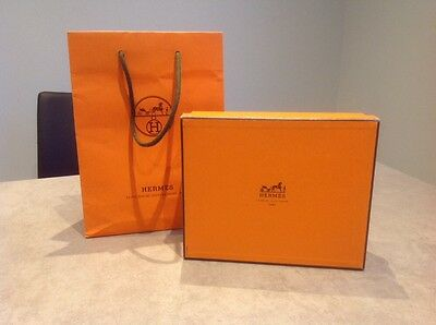 Hermès gift box and carrier bag,