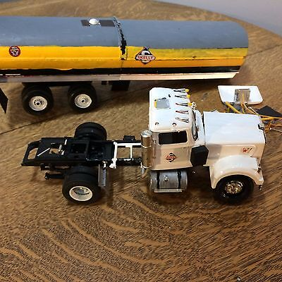 Western Star Semi Truck Skelly Tankard  Model Plastic Restore or Parts AS IS