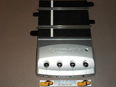 Used 1:32 Scalextric Digital C7044 Four Car Powerbase For Slot Cars. VGC