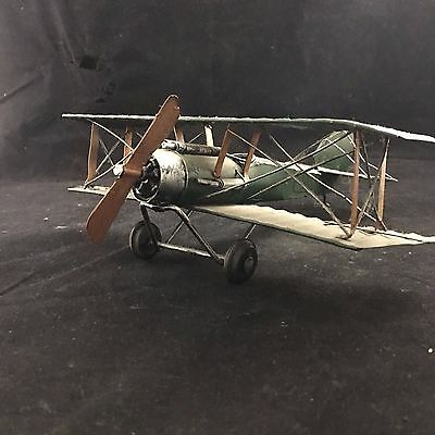 Metal Model WW1 BRITISH BiPlane, a very detailed and good example.