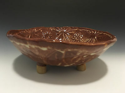 Handmade Textured Stoneware Ceramic Pottery Brown Glazed Plate with Tripod Feet