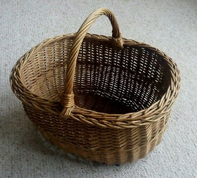 Decorative Wicker Shopping Basket With Handle Natural Willow Traditional Storage