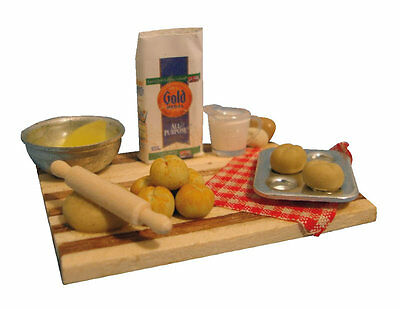 1:12 Scale Bread Making Set Dolls House Miniature Kitchen Cooking Accessory