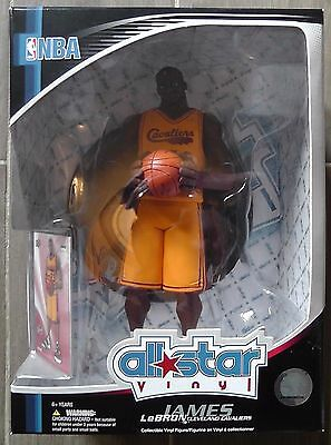 2008 UPPER DECK LEBRON JAMES ALL STAR STATUE VINYL ACTION FIGURE wCOLLECTOR CARD