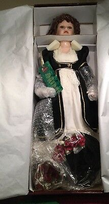 """NIB TALL Timeless Collection Doll Ltd. Edition Porcelain Kelly 28"""" w/Certificate"""