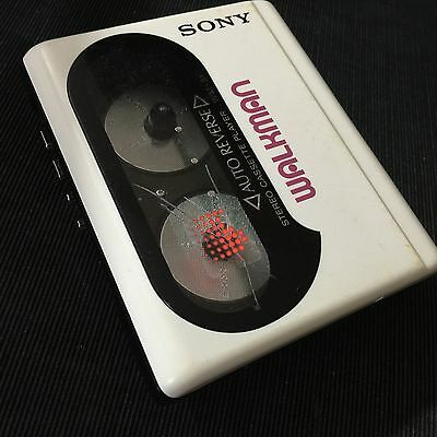 Sony Wm-51 Walkman With Furling Stereo Headphone Perfect Working Condition .