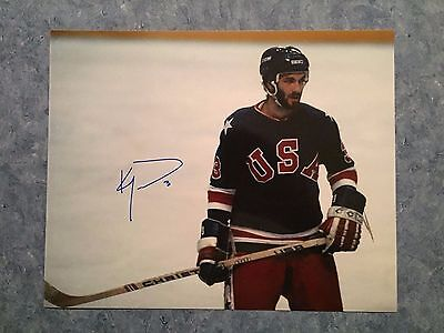 Autographed 8x10 colored photo of 1980 US Olympic hockey player Ken Morrow