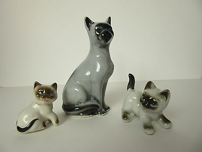 Siamese Cat Figurine with kitten figurines