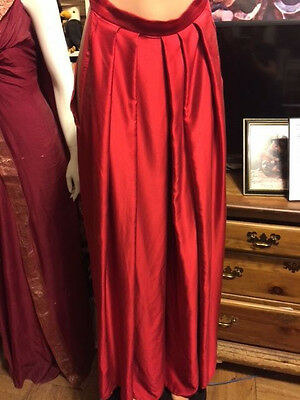 Screen Worn by Lucy Lawless FIN red culottes in perfect condition w COA