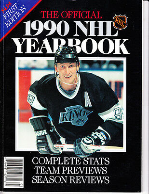 1990 Official NHL Yearbook first Edition Wayne Gretzky LA Kings cover