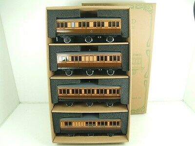 Darstaed O Gauge LSWR Six Wheel Passenger x4 Coaches Set Brand New Boxed *TSM*