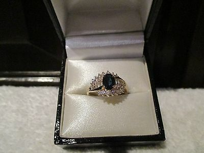 18 Kt Yellow Gold Oval Sapphire & Diamond Ring