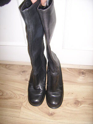 Vintage Ladies Black Leather Boots by Dolcis size 5