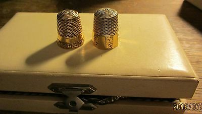 Estate Find Pair 2 Thimbles Marked 14K Engraved And Repousse Excellent
