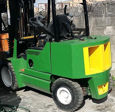 1995 Clark  3 Stage 6000 Lbs Forklift Fork Lift