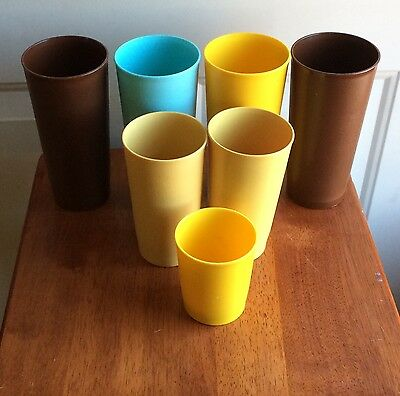 Tupperware Lot/7 Vintage Tumblers Harvest Colors 18/12/6 oz
