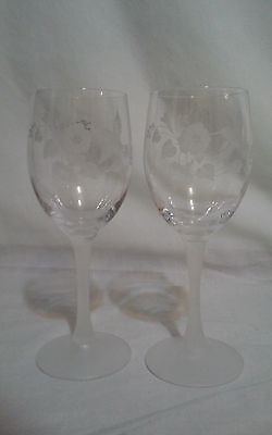 2 Avon Hummingbird Etched Lead Crystal Water Wine Glasses Goblets Frosted Stems